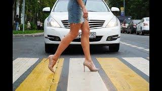 Водителям про пешеходов, пешеходам про водителей.