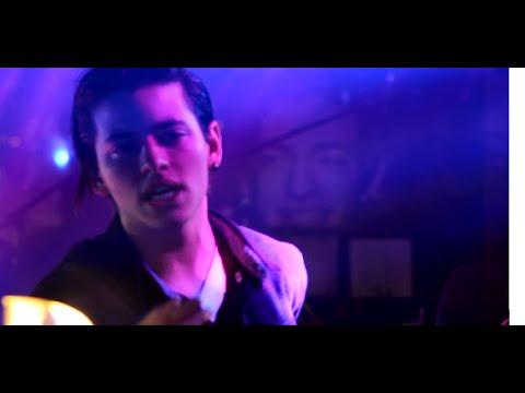 Vangelis Kakouriotis - Ένα (Gotham City Stage 06.12.15)
