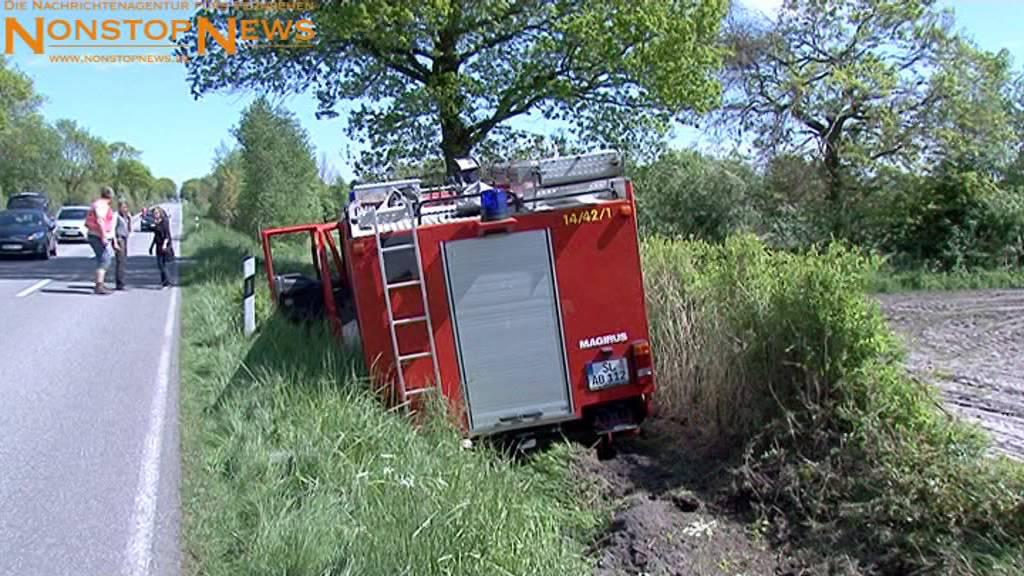 Nach Unfall mit Feuerwehrwagen: Zeugen machen Fotos und helfen nicht ...