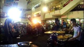 Video hijau daun - ku tetap sayang - live offair accoustic at thamrin city -  drum cam - rio star download MP3, 3GP, MP4, WEBM, AVI, FLV Oktober 2017