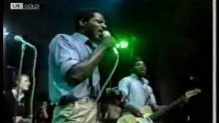 The Specials-Skinhead Moonstomp (1979)