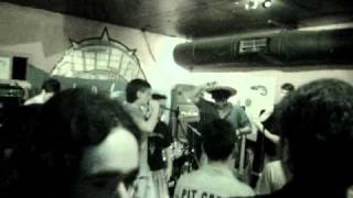 Sin Salida - Ay Camarada [Live in Futura]