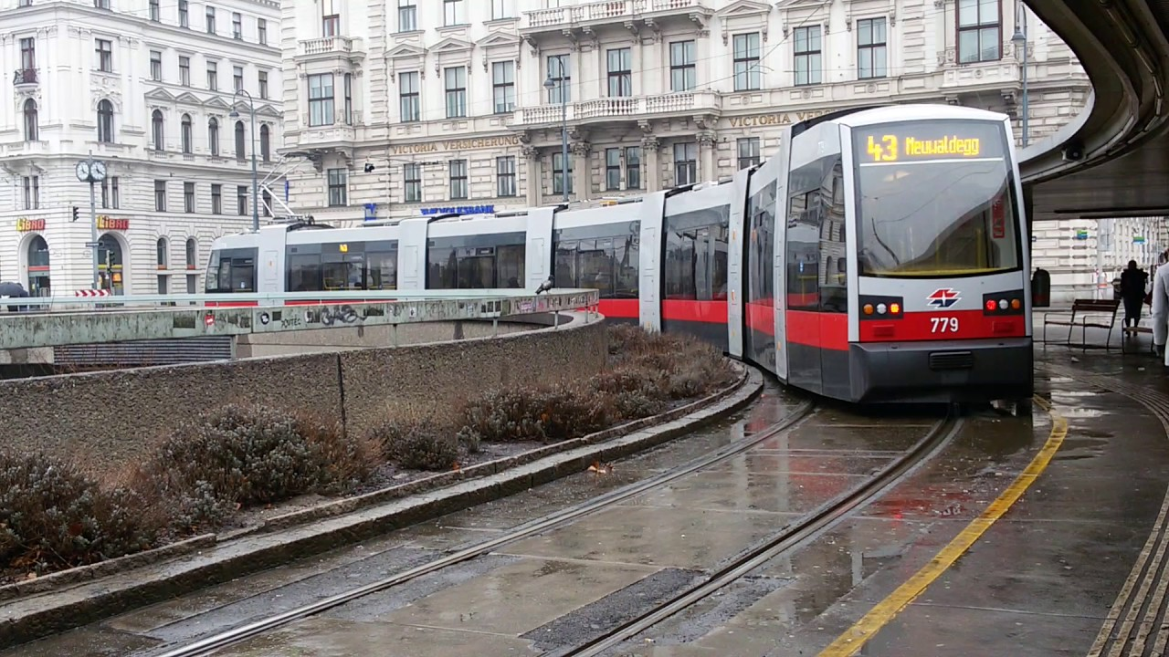Straßenbahn Linie 43 Schottentor In Wien2 Youtube