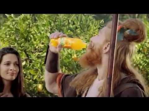 Quảng cáo nước cam ép hài hước