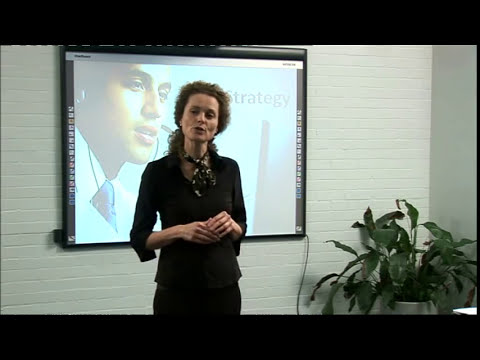 How To Open And Close Presentations? - Presentation Lesson From Mark Powell