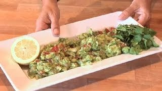 Guacamole Recipe With Tomato, Red Onion & Lemon Juice : Summer Party Drinks & Snacks