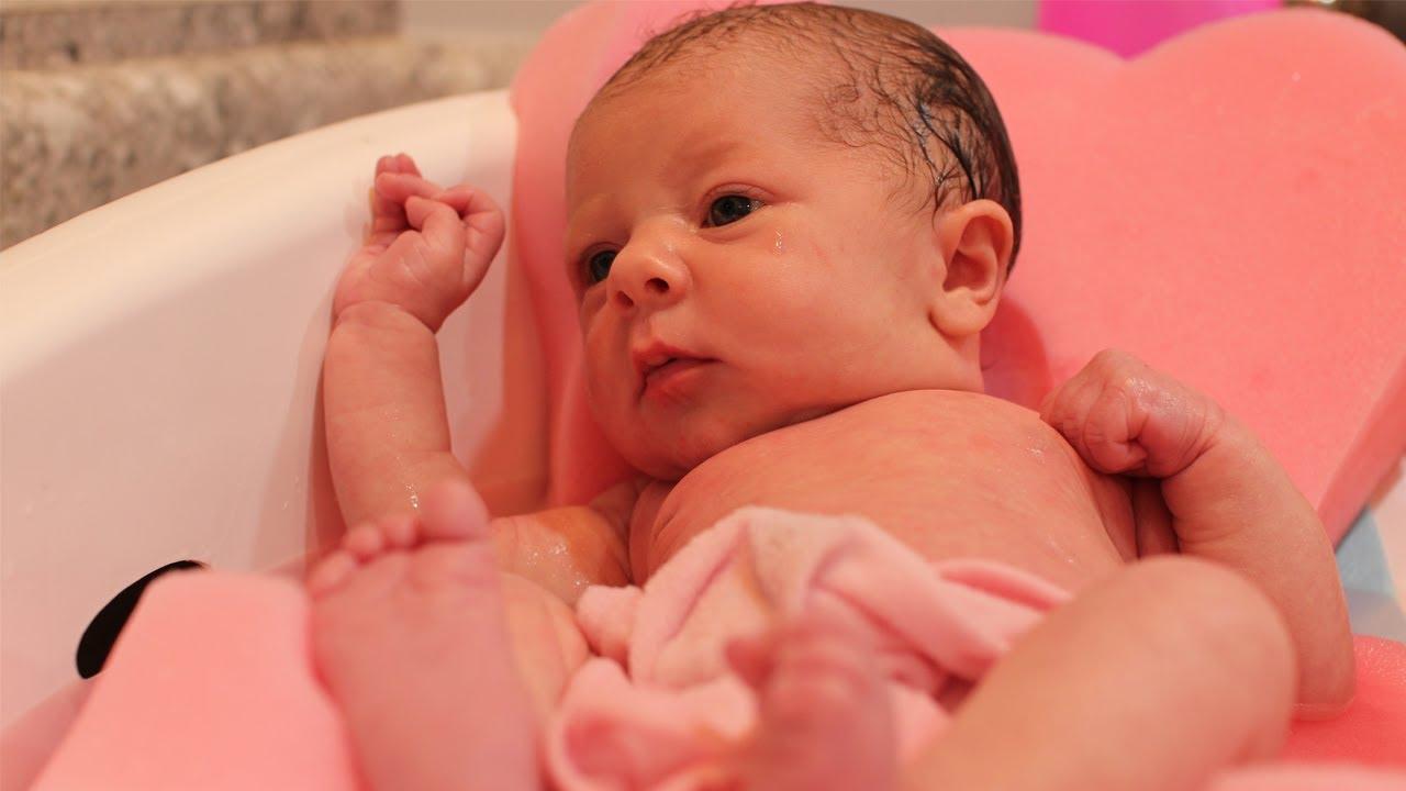 Newborn Baby's First Bath