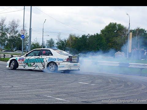 Дрифт, гонка ВАЗ 2107 против Тойота Селика. Супер. Drift race against 2107 Toyota Celica. Super