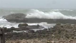 Video Vigilance meteo en Bretagne : les image de la tempête - Le Figaro download MP3, 3GP, MP4, WEBM, AVI, FLV November 2017