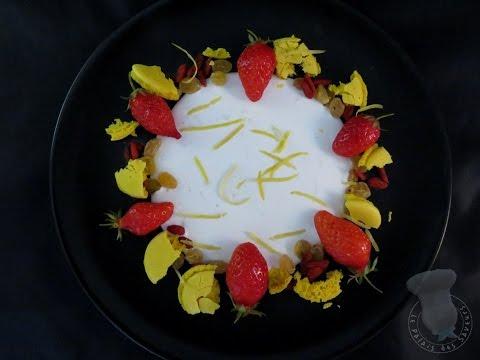 recette-de-dessert-à-l'assiette-fraise-citron