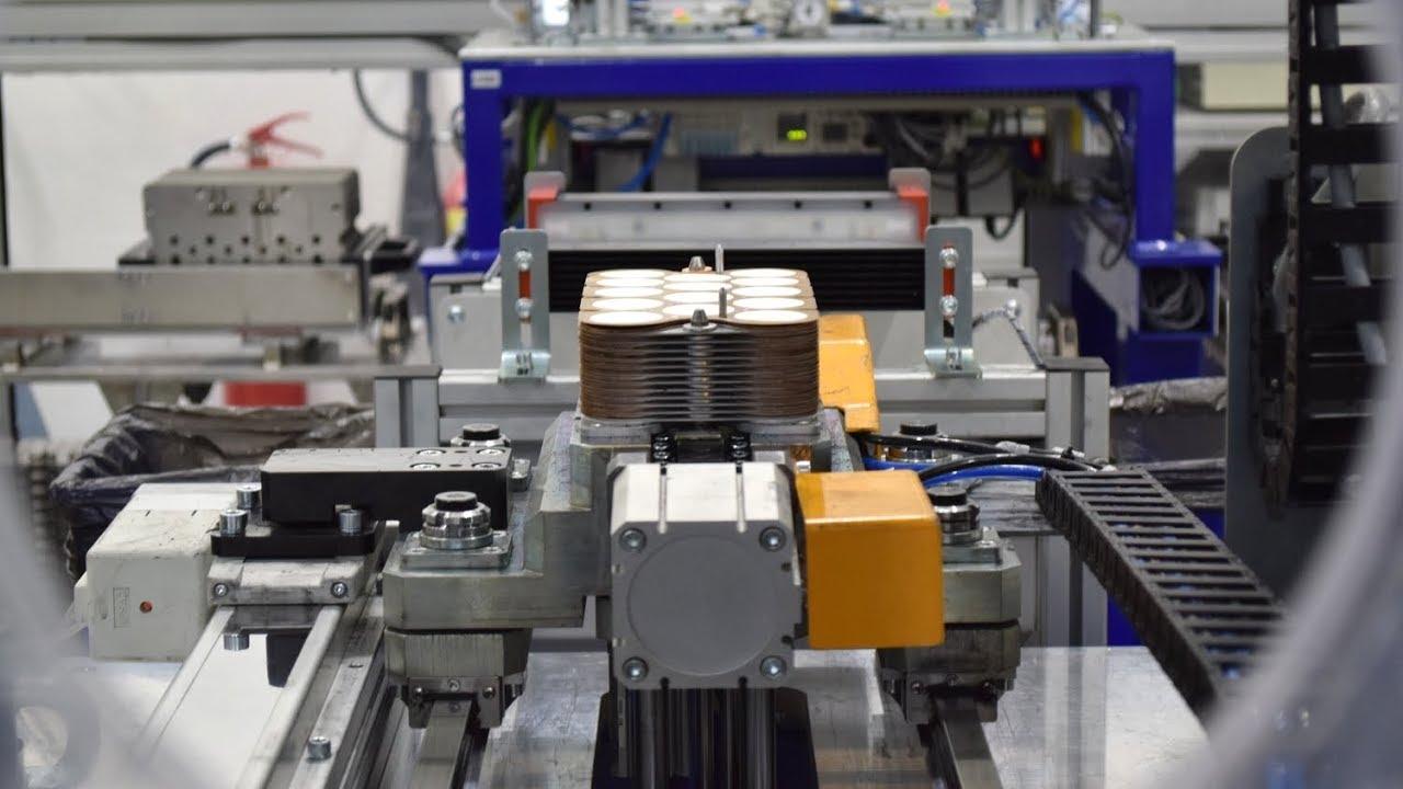 Výroba baterie HE3DA