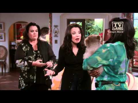 Rosie O'Donnell Guest Stars On Happily Divorced