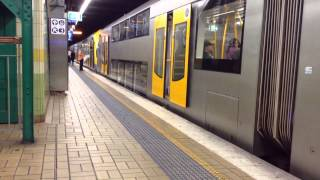 Sydney Trains M Set M21 + M12 Arrives At + Departs Town Hall