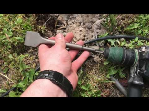 Stemmen mit einem Bohrhammer Beton Fundament abtragen mit SDS Bosch Hammer Anleitung