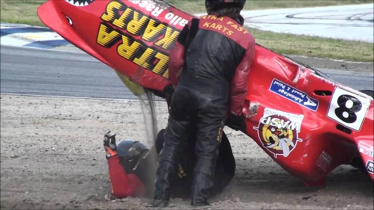 Spectacular Sidecar Crash Barbagallo Raceway Perth Australia Tt2011 Sidecars Youtube