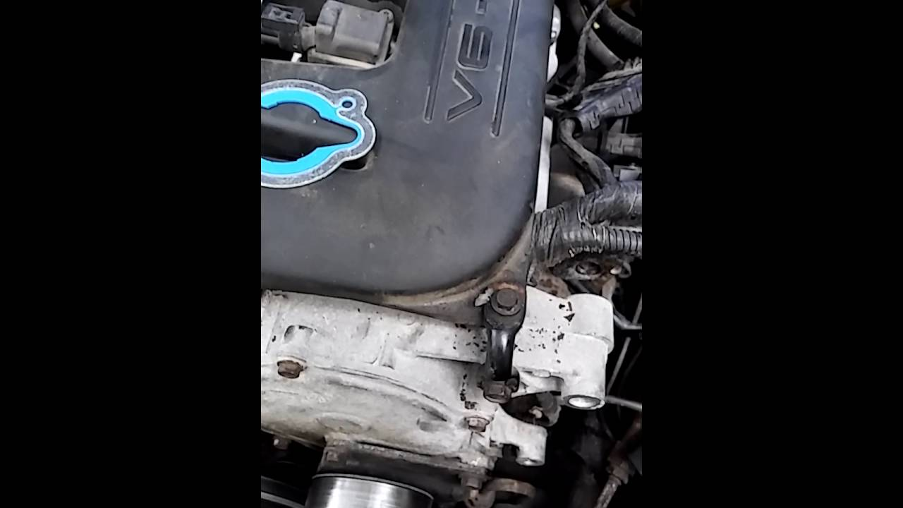 medium resolution of replacing the thermostat n a 2000 dodge intrepid with a 3 2 liter engine youtube