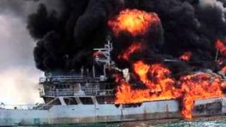 Cargo Ship Accidents Photos - Container Ship Accident Pictures