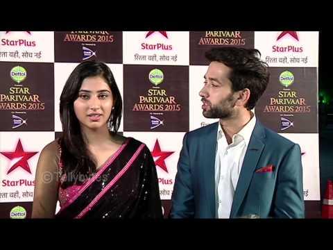 Aditya and Pankhuri aka Nakkul and Disha walk the red carpet of Star Parivaar Awards 2015