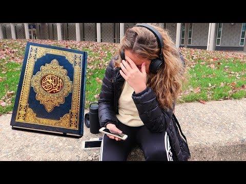 شاهد رد فعل الأجانب عند سماعهم القرآن الكريم لأول مرة في شوارع أمريكا !!