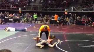 Jiu Jitsu Girl Submits Wrestler Boy in 14 Seconds!