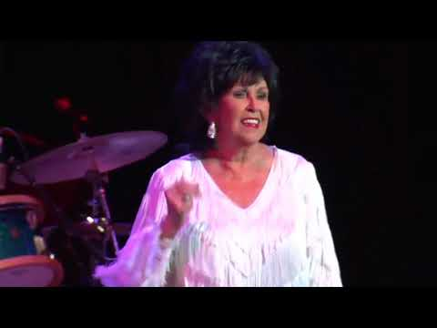 Wanda Jackson - Shakin All Over LIVE 2010