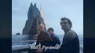 2843【01再】 TAMU Massif and Sohu Gan Rock, Japan タミュ山塊と日本の孀婦岩(そうふがん)by Hiroshi Hayashi, Japan thumbnail