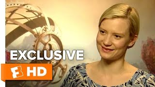Mia Wasikowska & James Bobin Exclusive 'Alice Through The Looking Glass' Interview (2016) HD