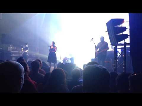 Skye and Ross (Morcheeba) live Toulouse