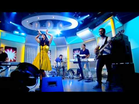 Marina and the Diamonds - Oh No! (Live on This Morning 27/07/2010)