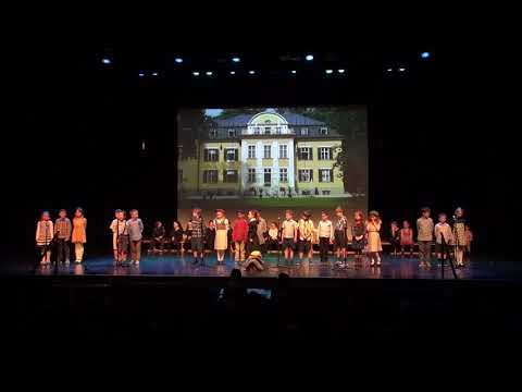 The Sound of Music, Rang 2 - Mr Chambers & Ms Baker