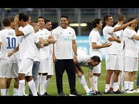 اهداف مباراة اعتزال بيرلو  7-7 بمشاركة رونالدو  و مالديني