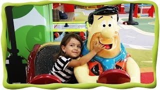Детский Развлекательный центр TbiliKids , бассейн с шариками, горки, в магазине, на машине, у врача(, 2015-09-15T05:40:07.000Z)