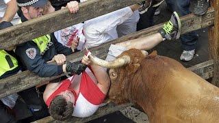 Los Miura dejan dos heridos por asta de toro en el octavo encierro de San Fermín 2014