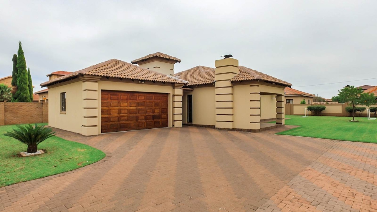 3 bedroom house for sale in gauteng gauteng south and midvaal rh youtube com 3 bedroom house for sale in dagenham 3 bedroom house for sale