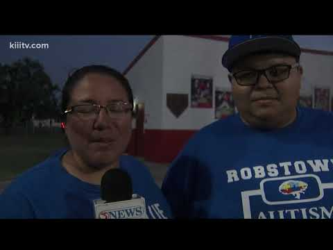 Robstown High School raises awareness for autism