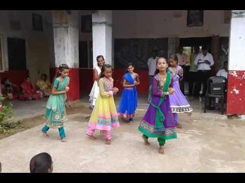 TERI HAI ZAMEEN TERA AASMAA - dance performance by primary school children