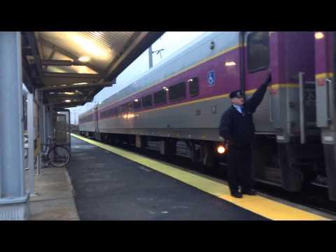 Commuter rail stoping a Westborough station mass.