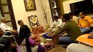Kabhi Kabhi Bhagwan ko bhi Bhakton se Kaam Pade