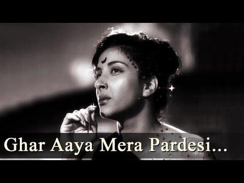 Ghar Aaya Mera Pardesi - Awara - Raj Kapoor - Nargis - Lata Mangeshkar