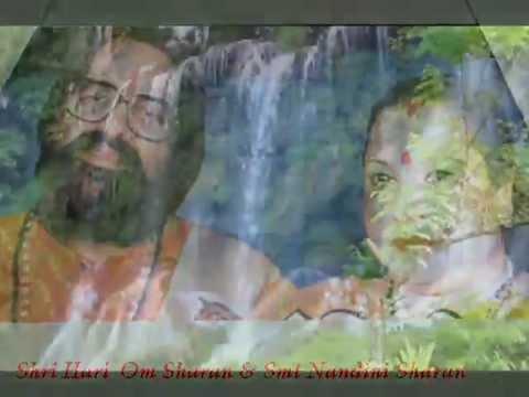 Tuhi Ram Hai Tu Rahim Hai-Shri Hari Om Smt...