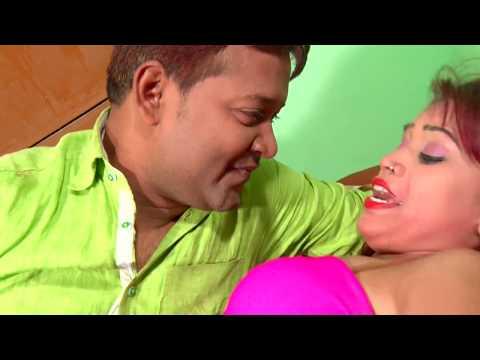 गरम बा सामान देहिया पाल खोजता हो - Dhodhi Me Thelat Rahi - Bhojpuri Hit Songs 2016 New