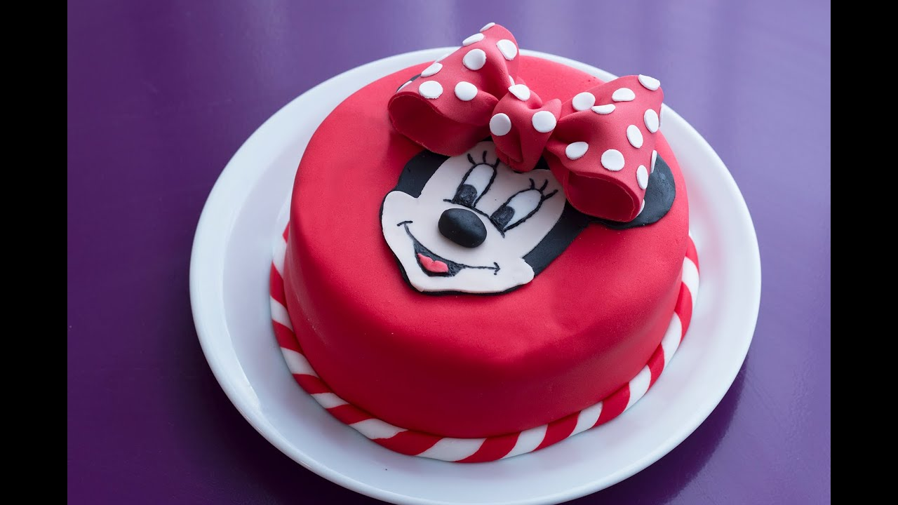 G teau d 39 anniversaire minnie d coration en p te sucre youtube - Recette decoration gateau ...