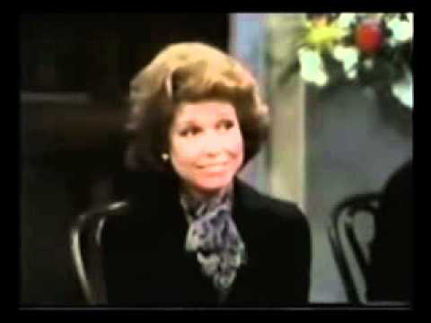 Mary Tyler Moore at Chuckles the Clown's Funeral