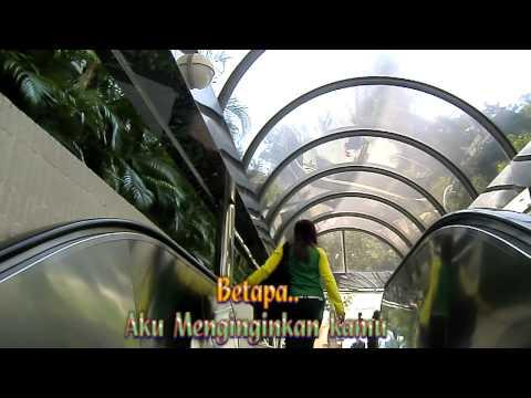Ungu ~ Waktu yang Di nanti  ( With Lyrics  )