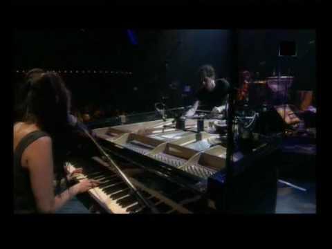 Emilie Simon - Le vieil amant - Concert 2006.avi