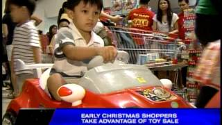 Early Christmas shoppers take advantage of toy sale