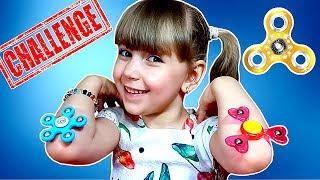 НОВЫЙ СПИННЕР ЧЕЛЛЕНДЖ! Fidget Spinner Challenge! Учу маму и папу трюкам со спиннером
