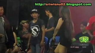 SALAH TOMPO - Dangdut Koplo Hot Syur Erotis - TITIS YOLANDA & KOCIET Terbaru [HD]