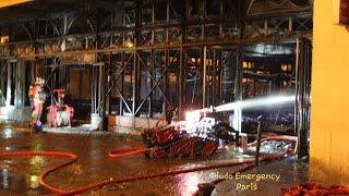 Pompiers de Paris incendie de Marché Couvert Paris Fire Dept on scene.  market hall Fire