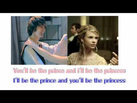 Davedays-Taylor Swift-Love Story Combine
